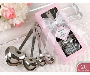 Love Beyond Measure Coeur à mesurer des cuillères dans Gift_Pink ou des faveurs de mariage bleu + 100sets / Lot + Livraison gratuite