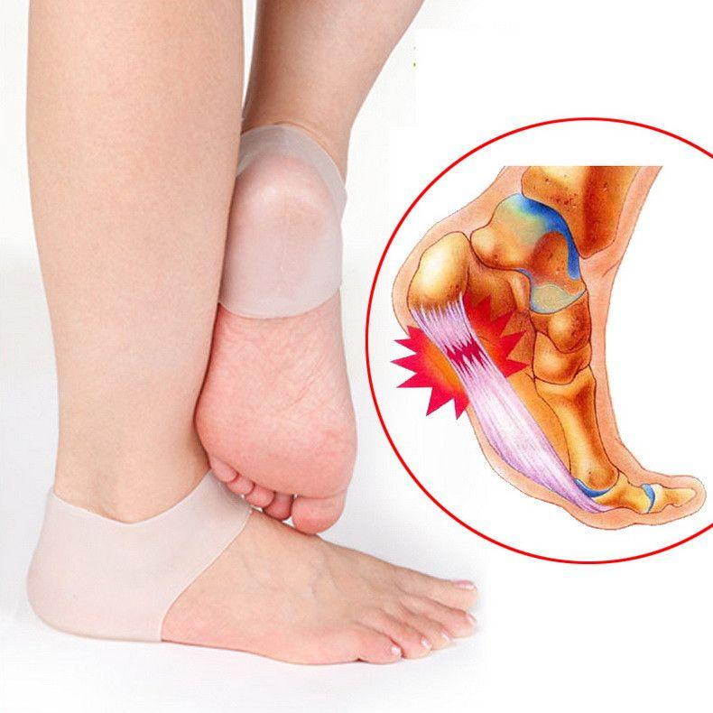Nuovi calzini per la cura dei piedi di arrivo Nuovi calzini in silicone idratanti con tallone in gel con foro Protezione per la cura della pelle del piede incrinato