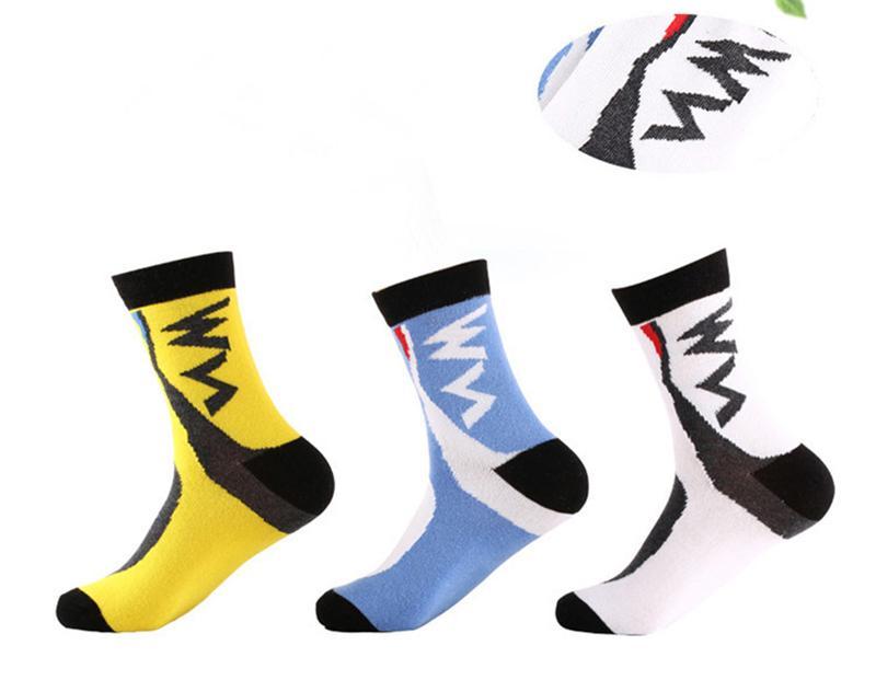 Yeni BATı BISIKLET erkek Sıkıştırma Çorap Badminton Meslek Spor Çorap Beyzbol Basketbol Koşu Yürüyüş Sürme Bisiklet Çorap