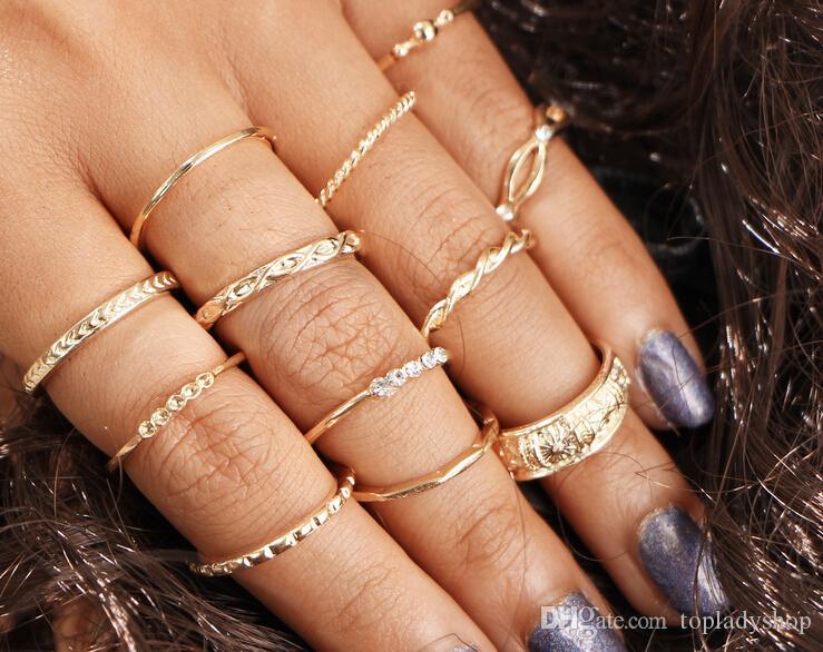 12PCS / Set conjunto de anillo de la junta Retro anillo de diamantes Doce Set Wrap anudado tallado 12 Set anillos al por mayor envío gratuito