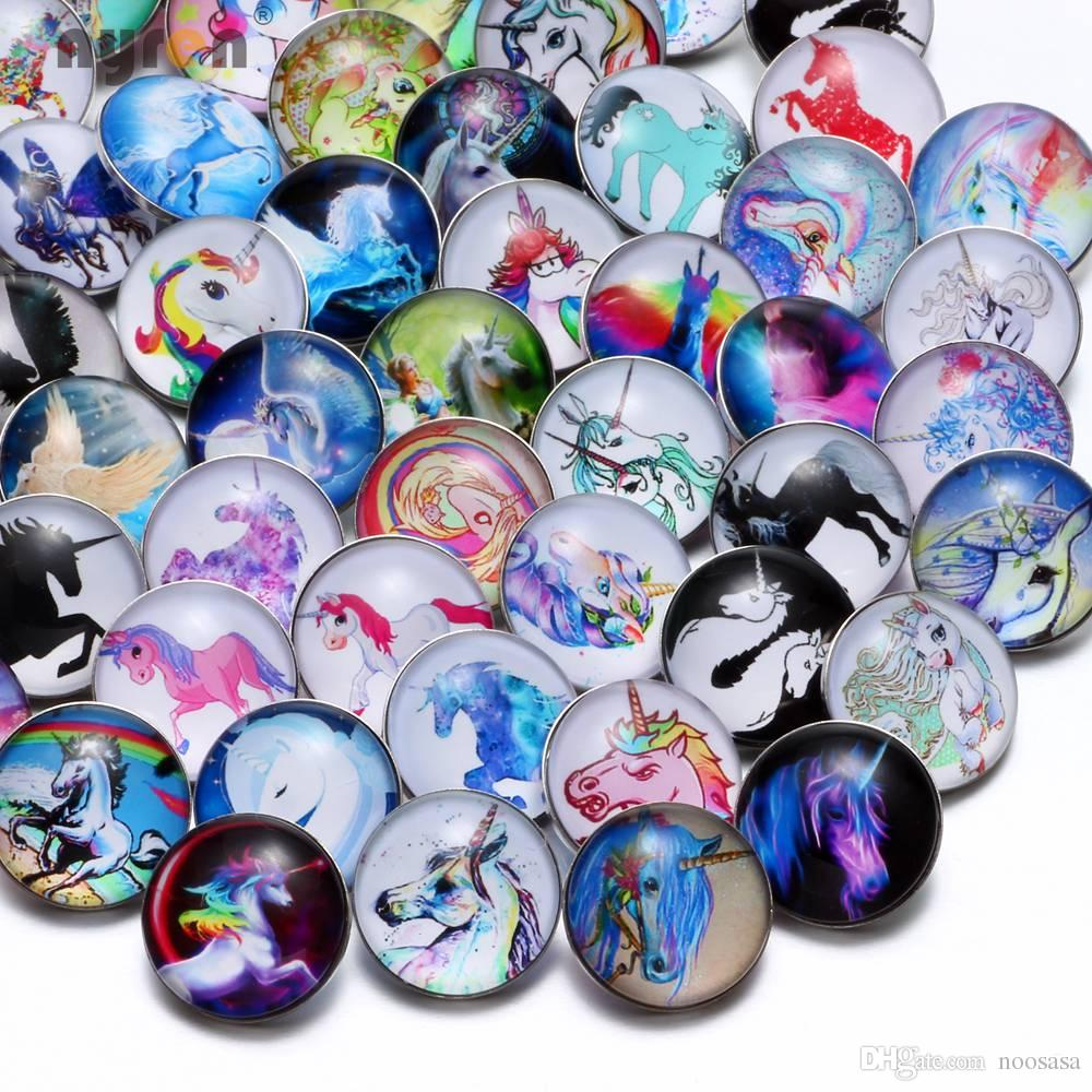 Wholesale 50pcs/lot High Quality Unicorn Pattern Mix Many Styles 18mm Glass Snap Button Snap Charms Fit Snaps Jewelry KZHM033