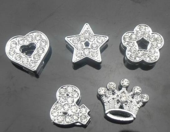 100pcs / lot 8mm Mischungsarten (Herzsternkronenblume) volle Rhinestones-Diacharme passen für 8MM DIY lederne keychains