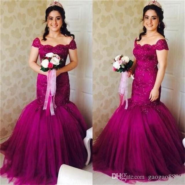 2019 Dubaï Bourgogne robes de bal de sirène avec des perles de l'épaule robe de soirée robe de travail manuel Robe de concours de Fiesta