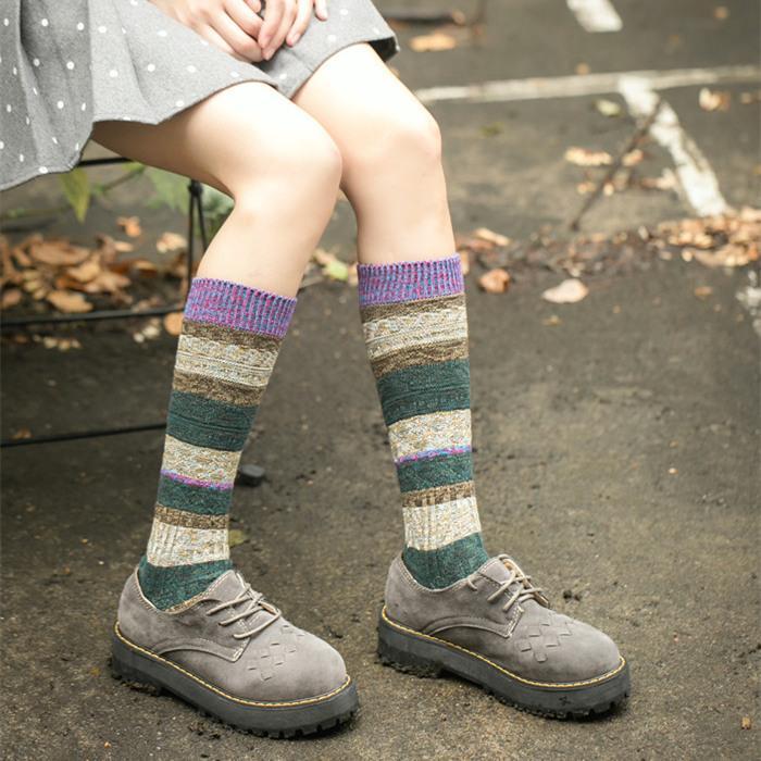 Vintage Style Długie Pończochy Dla Kobiet 2017 Nowa Jesień Winter Moda Skarpety Boot Super Quality Girls Nogi