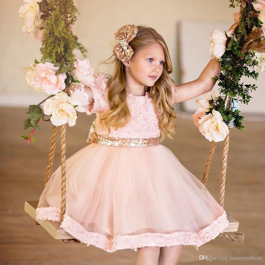Atemberaubend Kleine Mädchen Kleider Für Hochzeiten Zeitgenössisch ...