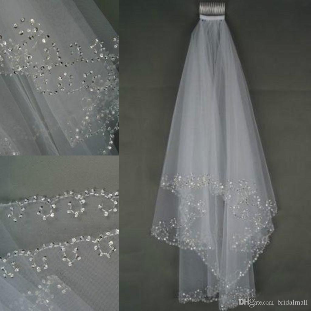 2019 In magazzino Veli da sposa Cristalli 2 strati Strato a mano Mezzaluna Accessori da sposa Veli da sposa bianchi e avorio Perline con pettine