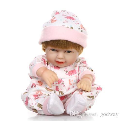 11 pouces à la main réaliste bébé nouveau-né en silicone Reborn Baby Doll avec sac de couchage Reborn bébé poupée avec des vêtements