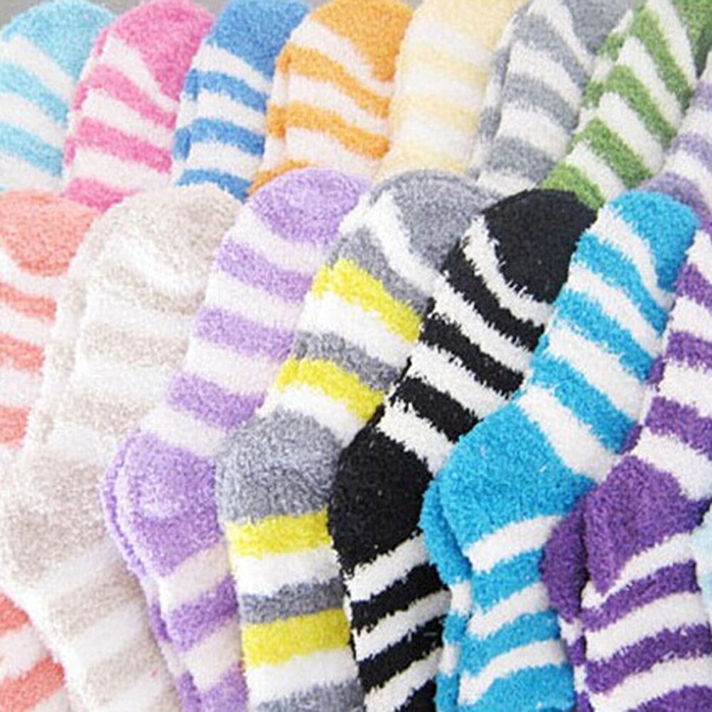 Toptan-1 pair Yeni Lady Hediye Yumuşak Zemin Ev Kadınlar Yatak Çorap Şerit Kabarık Sıcak Kış Kalın Şeker Renk Rahat Çorap Kış