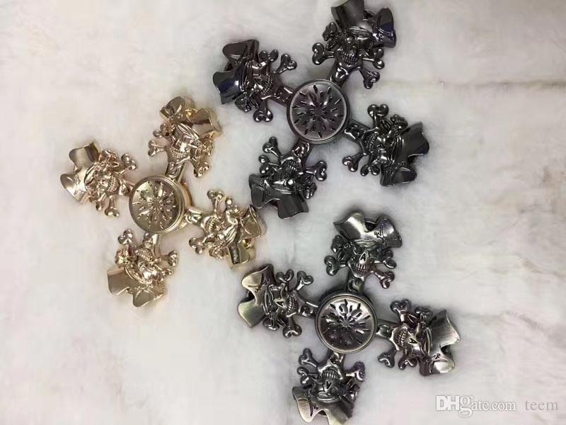 Chegada nova Clássico pirata Fidget Spinner Rolamento de Aço retro giradores de mão Bayblade Descompressão dedo brinquedos Rotação de Metal de fiação