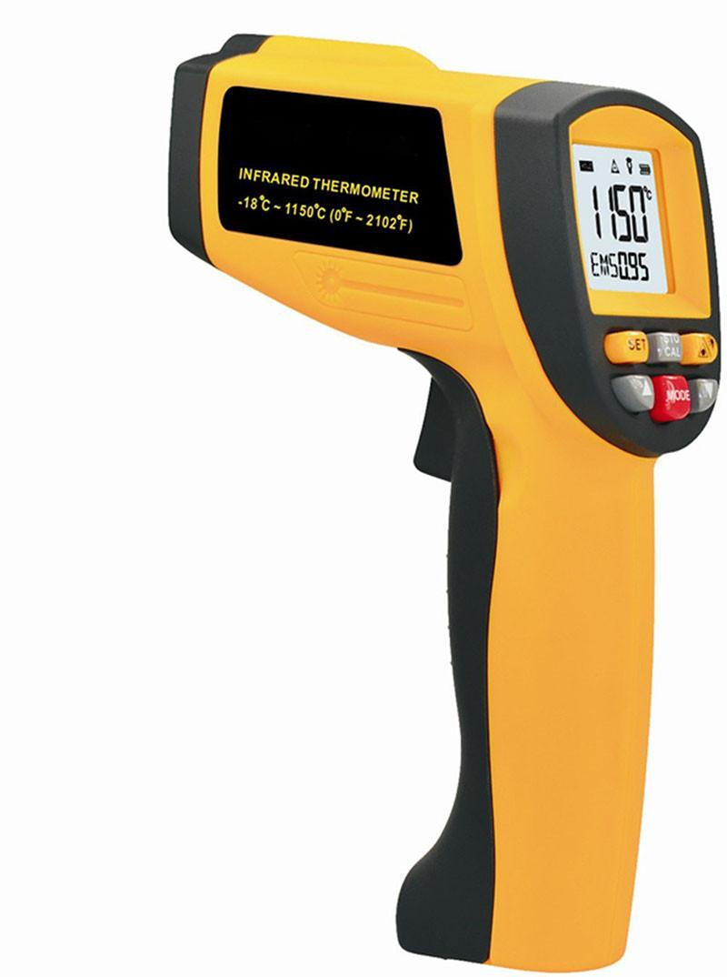 Infrared thermometer GM1150 (1)