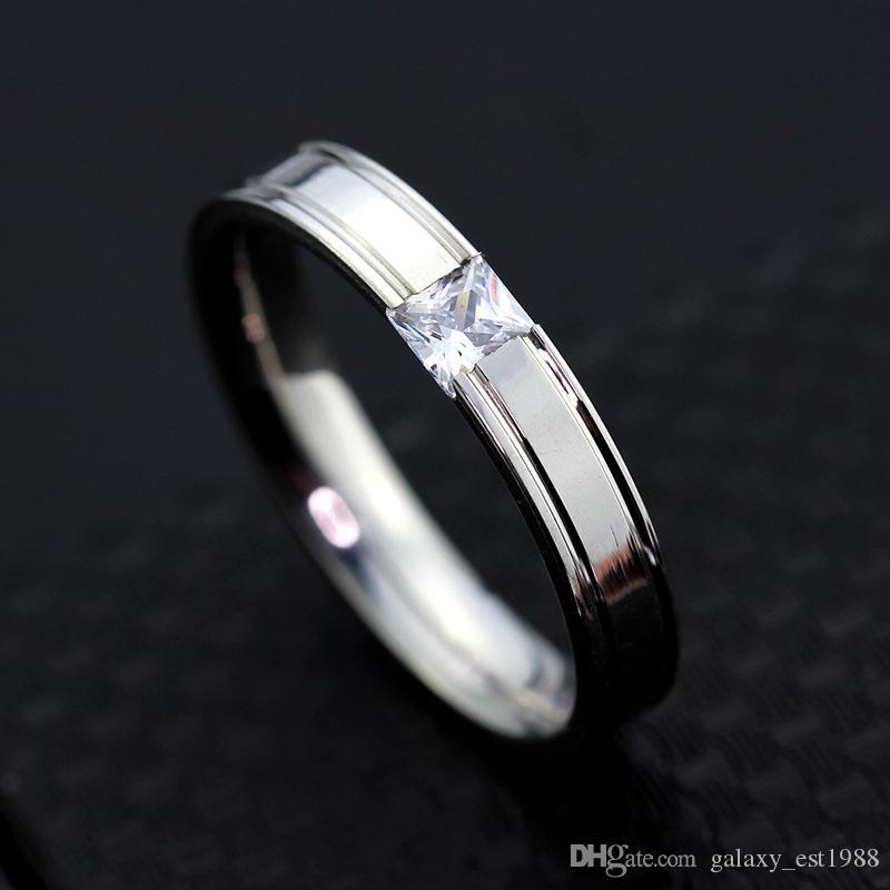 gli anelli d'argento di aggancio dell'acciaio inossidabile delle donne degli uomini di pietra dello zircon lucidati 36PCs / lot lucidano l'oro brandnew