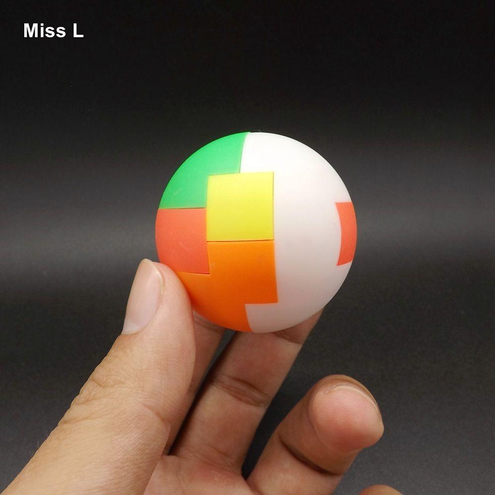 5 سنتيمتر البلاستيك كونغ مينغ الكرة قفل الرعاية الدماغ التنموية ألعاب كيد لعبة الذكاء العقل مكافحة الإجهاد هدية عيد