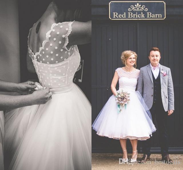 Vintage 1950 's Style Polka Dotted Courte Robes De Mariée Longueur De Thé Petites Robes Blanc 2016 Vestidos de Novia Beach Robes De Mariée