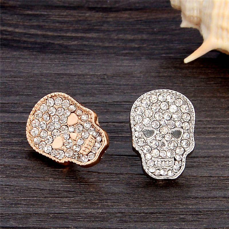 Vente en gros - Mode Antique Gold Silver Vintage Broche Broches Femme Marque Bijoux Crâne Broches Strass Pour Femmes Cadeau De Noël