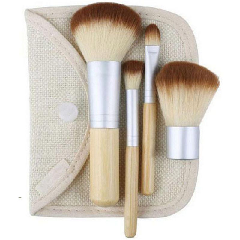 Pennelli per il trucco 4pcs Set Kit per Foundation Power Concealer Blush Eyeshadow Bella bambù Elaborato trucco Strumenti spazzoli con custodia
