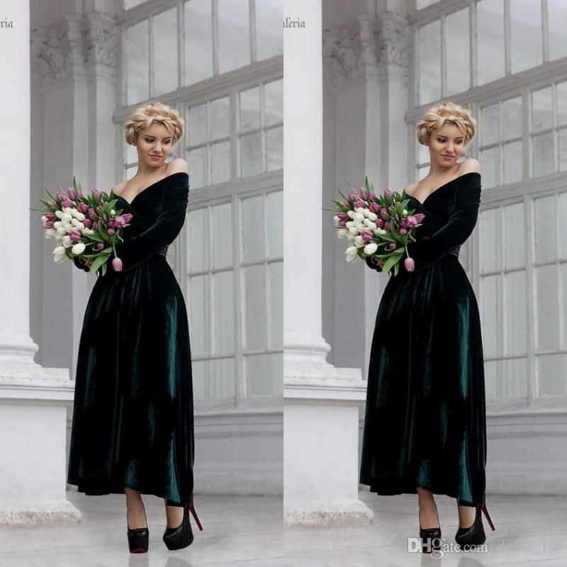 2019 Dark Green Velvet Evening Dress Off The Shoulder Long Sleeves A Line Ankle Length Evening Wear Dressses Prom Party Gowns EN11109