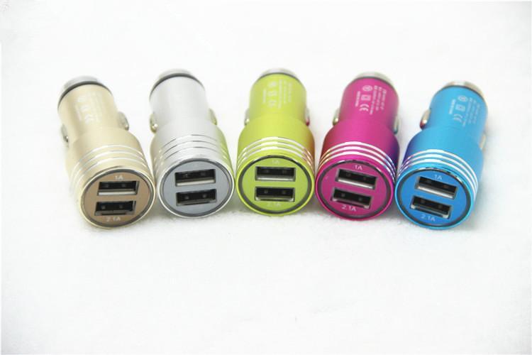 Chargeur allume-cigare double port USB en alliage d'aluminium de sécurité véritable 1.3A universel pour téléphone intelligent protection 1000PCS / LOT