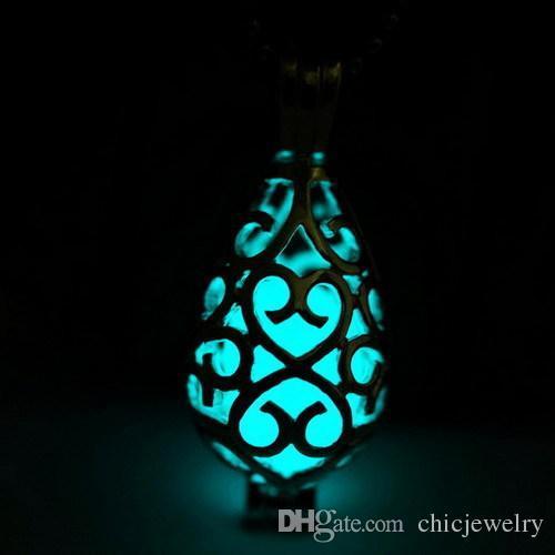 Nouveau pendentif colliers lueur dans la sombre médaillon pendentifs en pierre creuse rougeoyante argentés plaqué déclaration lumineuse Chocker colliers Free Ship DHL