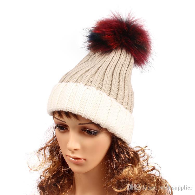 Зимняя Мода Beanie Классический Плотно Трикотажные Красочные Меха Pom Poms Hat Женщины Cap Зима Beanie Головной Убор Головной Убор Headdress Head Warmer Высокое Качество
