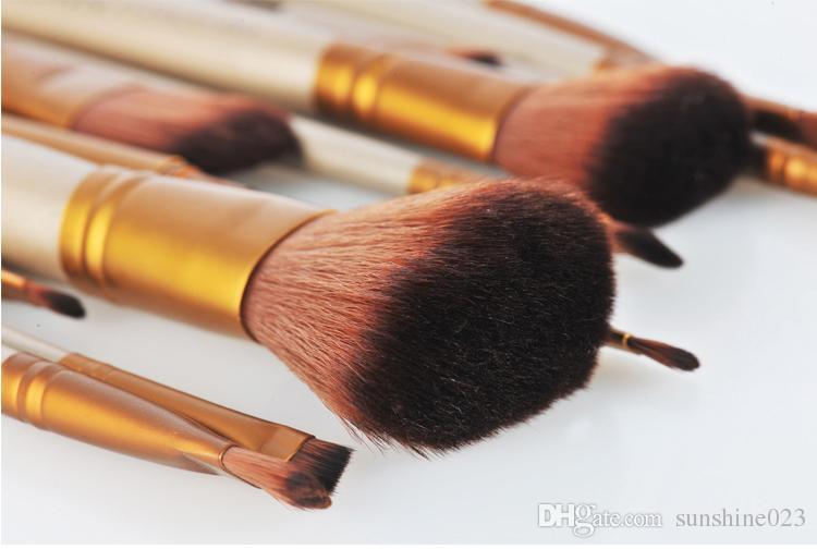 2017 Sıcak Makyaj Araçları Fırçalar Çıplak 12 parça Profesyonel Fırça setleri Demir kutusu
