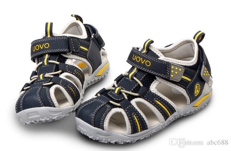 boys closed toe sandals