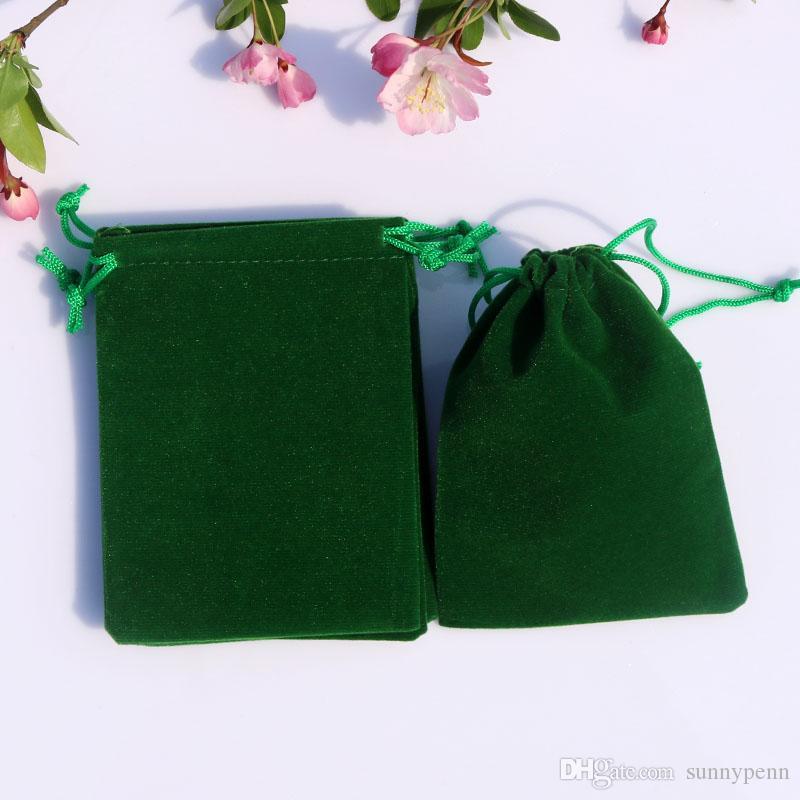 200PCS / Lot di alta qualità verde pianura di velluto regalo borse gioielli orecchini bracciale collana display borse di stoccaggio e imballaggio 9cm * 12cm disegnabile