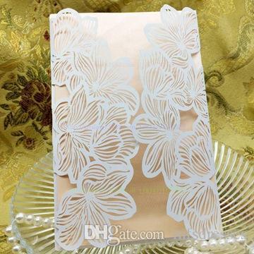 2017 caliente delicado tallado Butterlies Invitación del banquete de boda Invitación del sobre para la boda / negocio / fiesta / cumpleaños