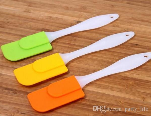 50ピース/ロット、高品質の小さい19cm * 3.5cmの白いプラスチック製のハンドルキッチンケーキスクレーパープレミアムシリコーンのスパチュラベーキングベークウェアツール