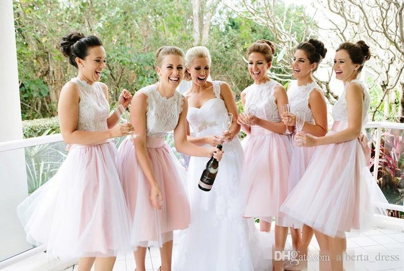 White Pink Short Bridesmaid Dresses 2019 Sweetheart Sleeveless Lace Tulle Knee Length Plus Size Short Wedding Party Dresses Maid Of Honor