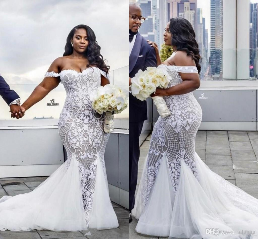 2017 Sexy Plus Size Lace Mermaid Wedding Dresses Off Shoulder Tulle Court Train Applique Beading Crystals Wedding Bridal Gowns Custom