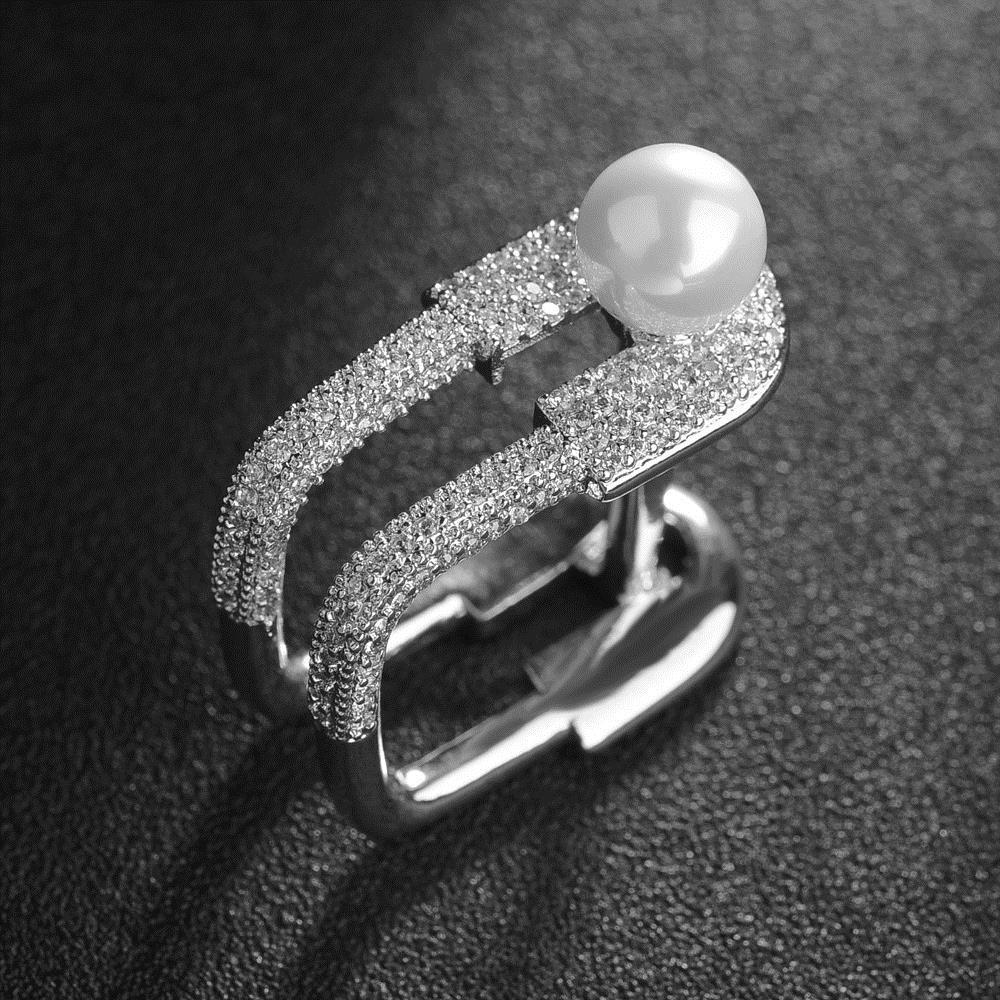 Anelli per donne e ragazze Personalità unica Micro Pave CZ Crystal Trendy Retro Vintage Ring Fashion Jewelry T Show Ring