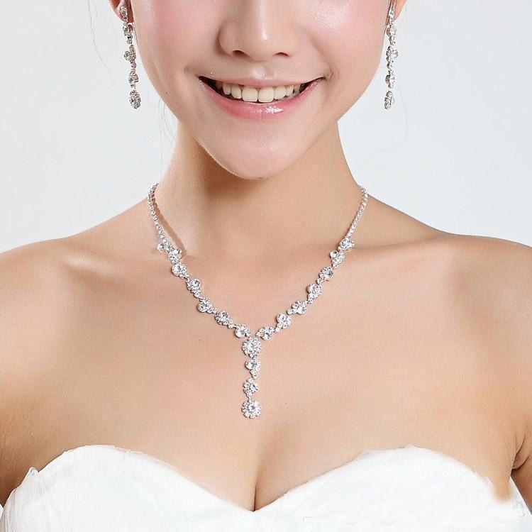 2019 Sparkly Rhinestone Crystal Jewellery Bridal Collana Orecchini Set di gioielli per il matrimonio del partito di Prom Party in magazzino più economico