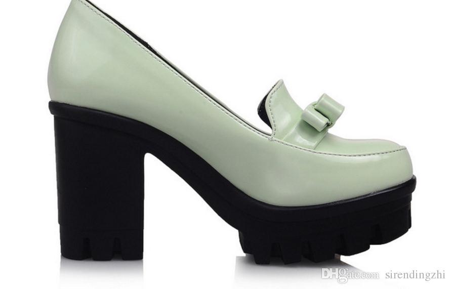 Primavera y otoño princesa coreana zapatos de tacón alto pequeña cabeza redonda fresca boca baja mesa impermeable documental áspero zapatos de mujer