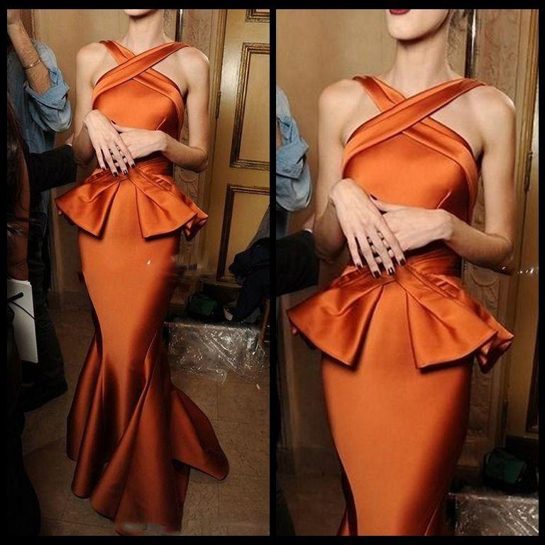 Eleganti abiti da sera a sirena Vintage Burnt Arancione Increspato in raso Collo incrociato Abiti da cerimonia lunghi convenzionali Abito arabo da ballo