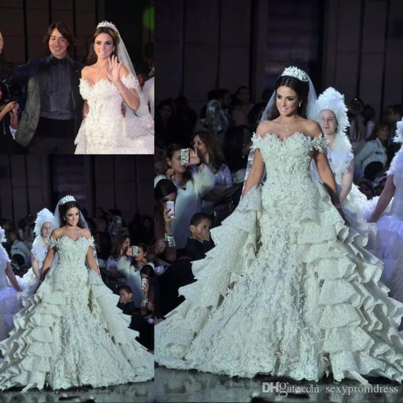 Runway Lace Wedding Dresses