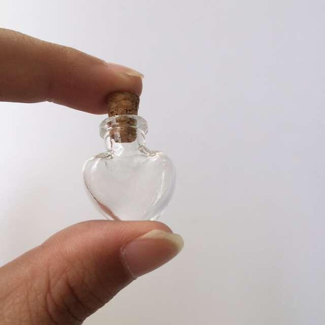 Mini Glass Bottles Pendants Small Wishing Bottles With Cork Arts Jas For Necklace Pendants Gift
