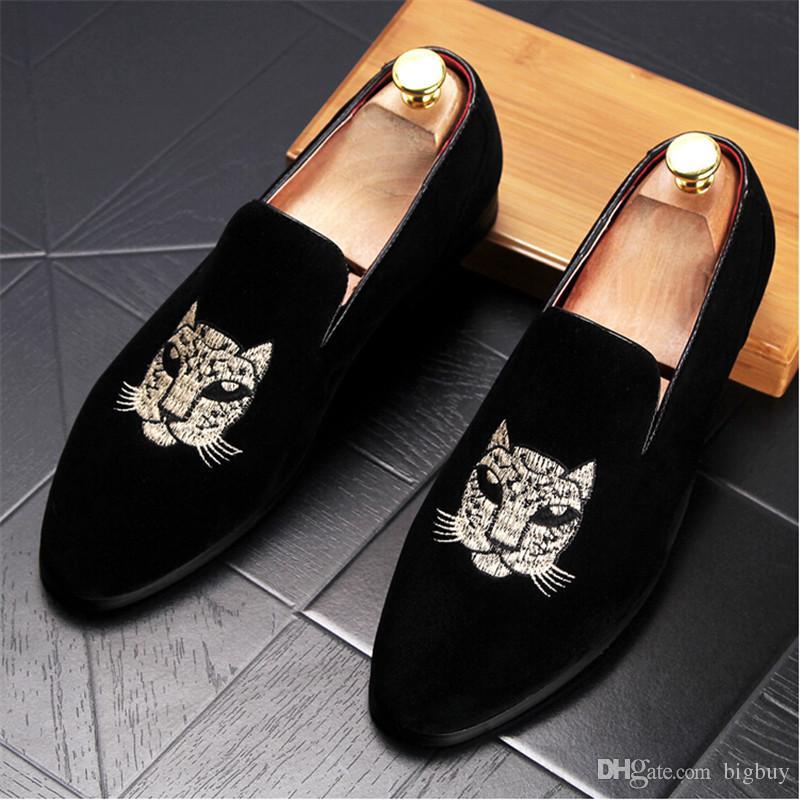 Nuevo hombre moda gamuza cuero al aire libre mocasines marca hombres bordado conducción fiesta pisos hombres mocasines oxfords zapatos casuales buena calidad