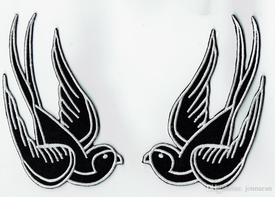 """Raffreddare tatuaggio nero passero ingoiare toppa ricamata ferro su moto biker toppa ferro su abbigliamento Emo punk patch 4.25 """"* 2.6"""""""