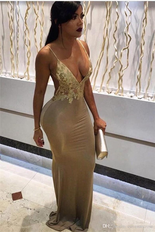 2017 흑인 소녀에 대한 섹시한 스파게티 칼집 아프리카 댄스 의상 딥 브이 넥 레이스의 아플리크 여성을위한 등뼈가없는 길이의 파티 드레스