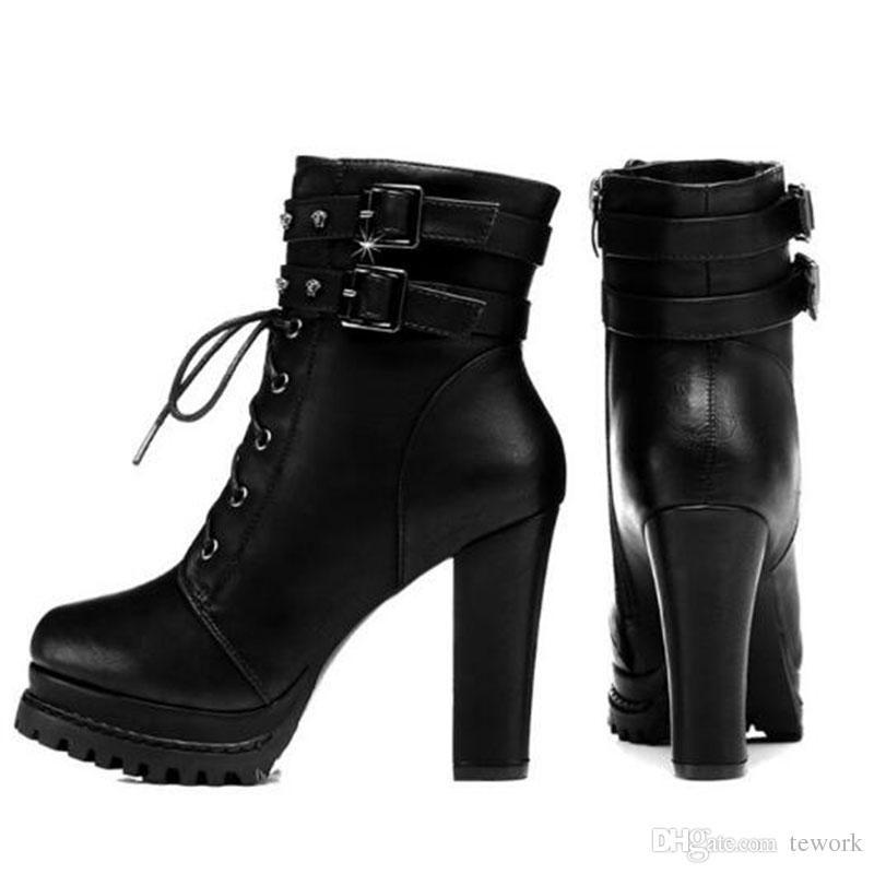 Les plus récents rivets en cuir noir moto bottes pour les femmes haute plate-forme épais talon cheville bottes élégant Cool chaussures de Noël cadeau taille 35 à 40