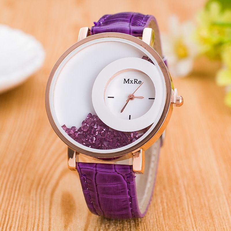 Горячие продажи горный хрусталь часы женщины светящиеся руки Лебединое озеро Кристалл песка бутылка наручные часы PU Кожаный ремешок случайный браслет кварцевые часы.