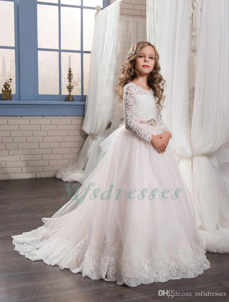 Sıcak Uzun Kollu Beyaz Dantel Pembe Çiçek Kız Elbise Pembe Kanat Kız Pageant Elbiseler çocuklar Gelinlik Modelleri