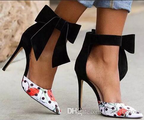 Nuove donne pompa fiore della stampa di moda ha indicato i pattini Toe Ankle Strap partito con il grande arco-nodo Moda Scarpe eleganti scarpe da sera Shallow