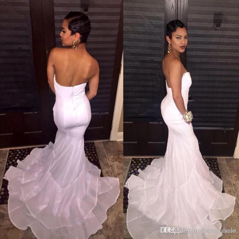 New White African American Prom Dresses Sweetheart Mermaid Layered Gonne Sexy Backless Abiti da sera lunghi Abiti da festa formale