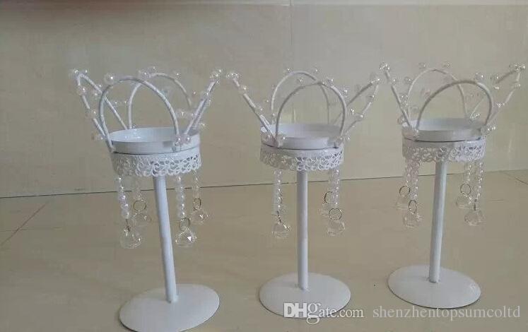 Candeliere con decorazione a forma di candela, decorazione per la festa di nozze e decorazioni in metallo colore bianco