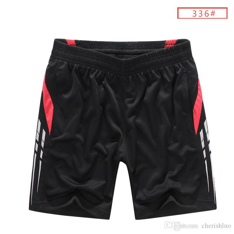 Summer Outdoors Gioco Ball Joggers Slittamento Loose Stadio traspirante Uomo bermuda Pratica Traning Pantaloni corti 12 colori