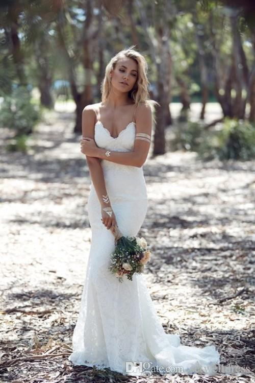 The 2017 no-back wedding gown -- a mermaid with a strapless lace ...