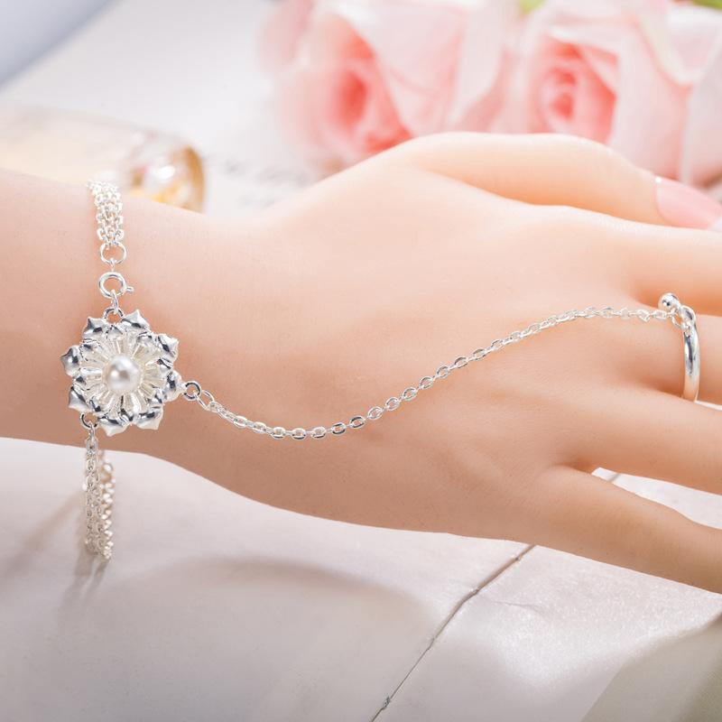 Luxury Pearl Flower Bangle Bracelets with Ring Jewelry Silver Plated Flower Charm Chain Ring Bracelets Cuff Wristband Finger Ring for Women