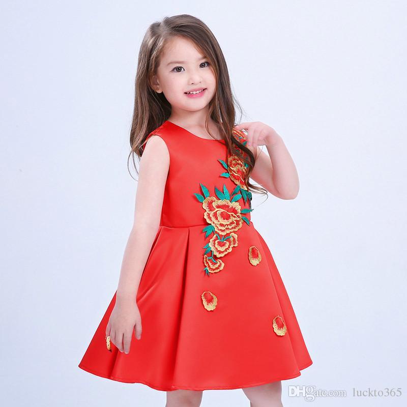 99a407318f ... Vestido bordado para niñas bordado una línea de cuello barco sin mangas  estilo chino vestido para ...