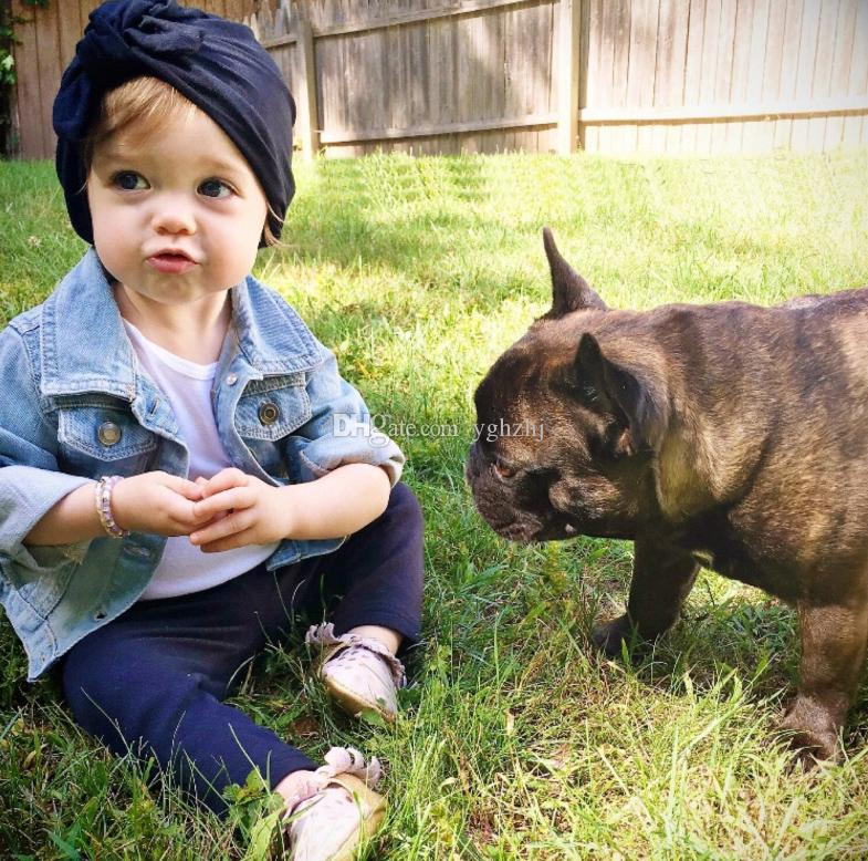 Avrupa ve Amerika'da bebek ürünleri satan Sonbahar ve kış bebek tavşan kulak düğümlü kafa kap, şapka Hindistan çocuk şapka